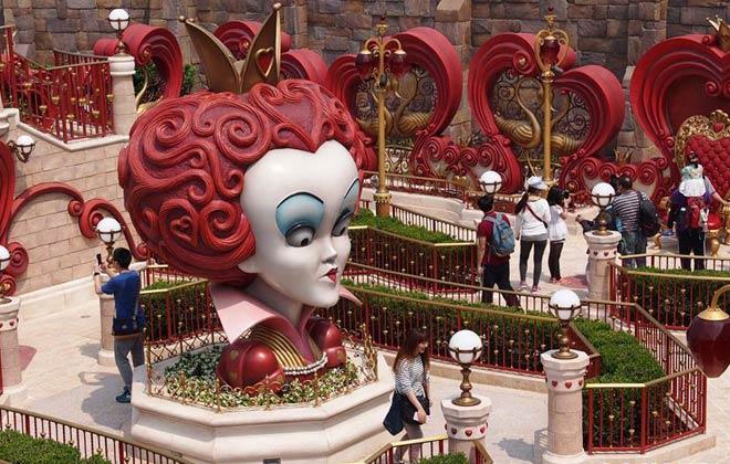 走進內測中的上海迪士尼樂園