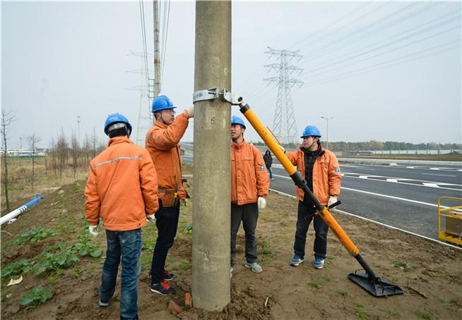 南通:創新電桿扶正技術 半年減少停電500余次
