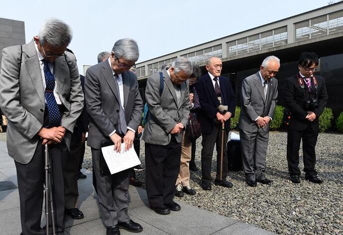 日本植樹訪華團持續32年悼念南京大屠殺遇難者