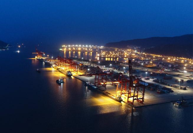 江蘇連雲港:新亞歐大陸橋重要海陸轉換樞紐