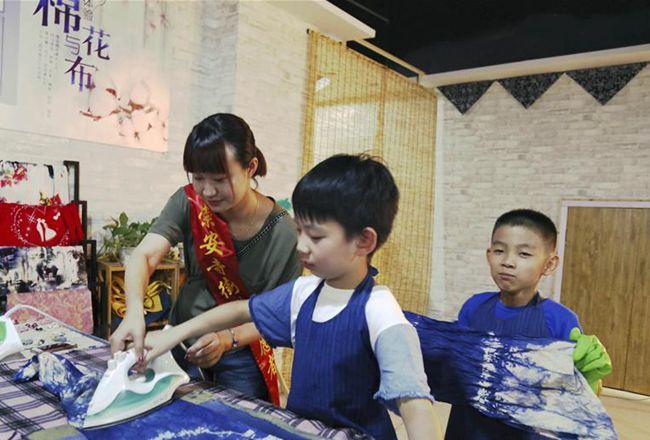 江蘇無錫開展非遺文化傳承教育活動