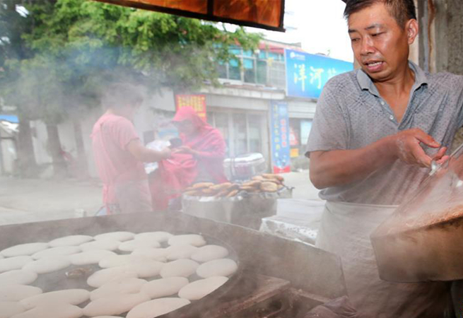 軟糯溫香的海安米粉餅