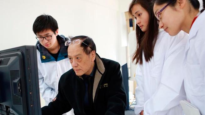 记2017年度国家最高科学技术奖得主、火炸药专家王泽山院士