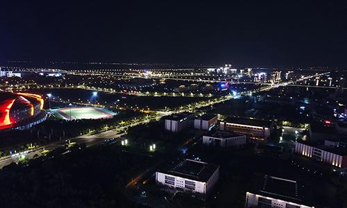 无人机带你瞰夜幕下的盐城
