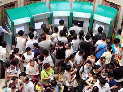 南京儿童医院一晚上接诊量竟是19家医院总和