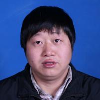 """""""公益事业的热心人""""潘焱峰"""