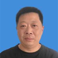 """""""网聚四海爱心""""姜小宝"""