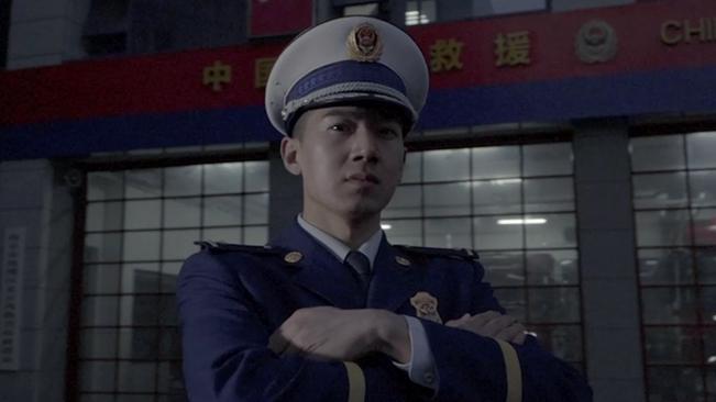 """消防版格萊美慢鏡頭下的""""藍朋友""""什麼樣?"""