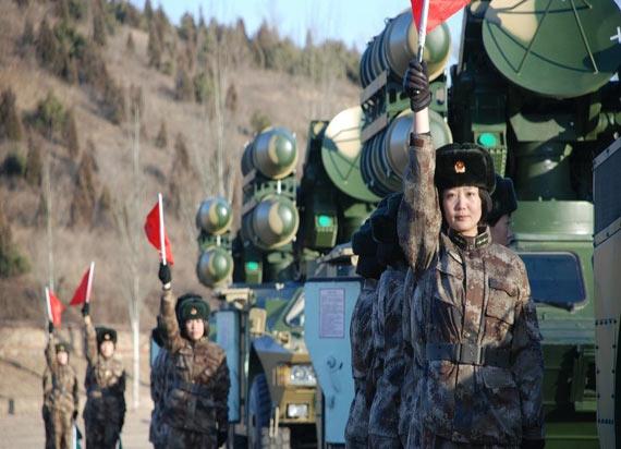 沈陽軍區首個女兵導彈連曝光